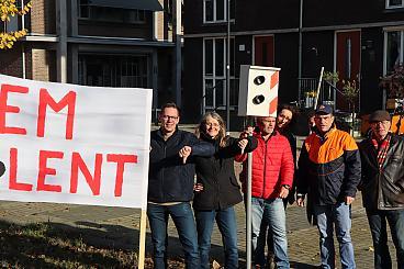 https://nijmegen.sp.nl/nieuws/2019/11/bewoners-lent-plaatsen-nepflitspaal-verkeer-mauritssingel-rijdt-veel-te-hard